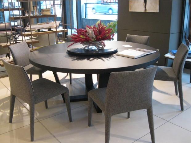 Outlet tavoli e sedie b b italia tavoli e sedie b b for Peverelli arredamenti