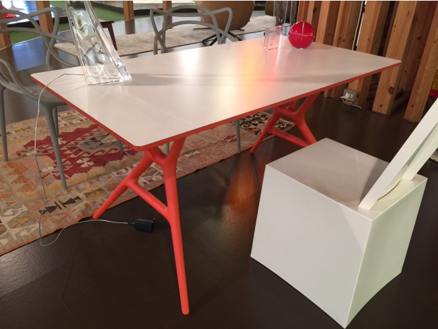 Tavolo Kartell Spoon Table
