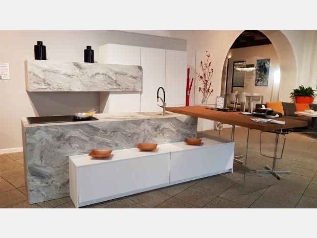 Cucina con Isola La Casa Moderna Solida Isola