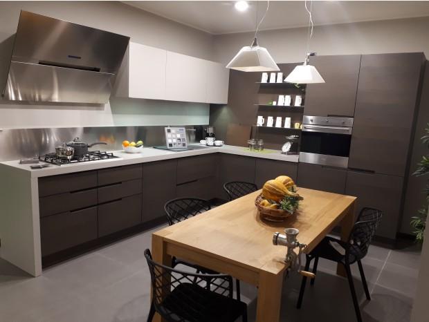 Cucina angolare Maistri Arena Line