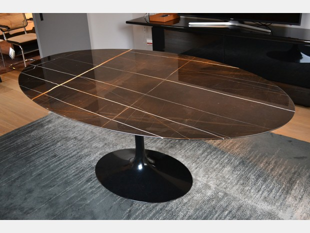 Tavolo Knoll Saarinen Oval Table