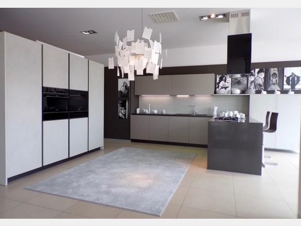 Cucine Componibili Moderne Offerta.Cucine Cesar Outlet Con Offerte E Sconti Minimo Del 40 Sui