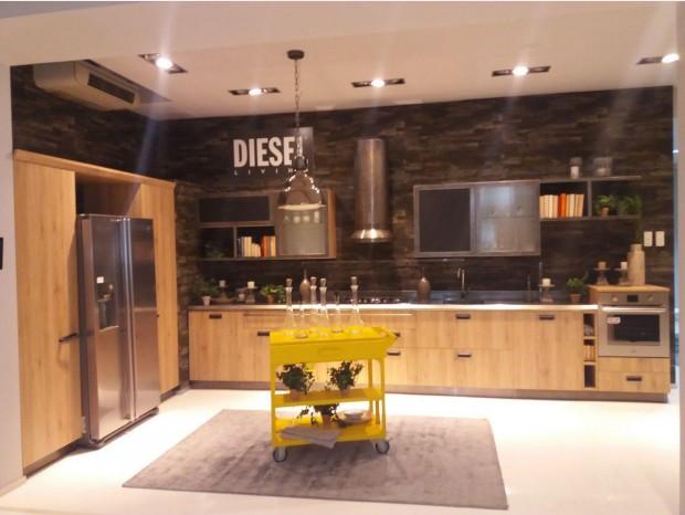 Outlet scavolini con offerte e sconti minimo del 40 sui prezzi for Cucina diesel scavolini