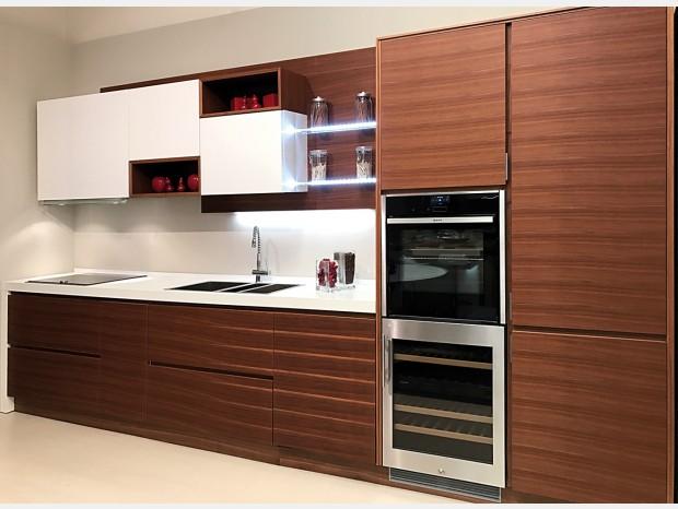 Cucina lineare Produzione Artigianale FILO LEGNO