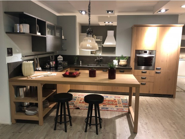 Cucina con penisola Scavolini DIESEL SOCIAL KITCHEN