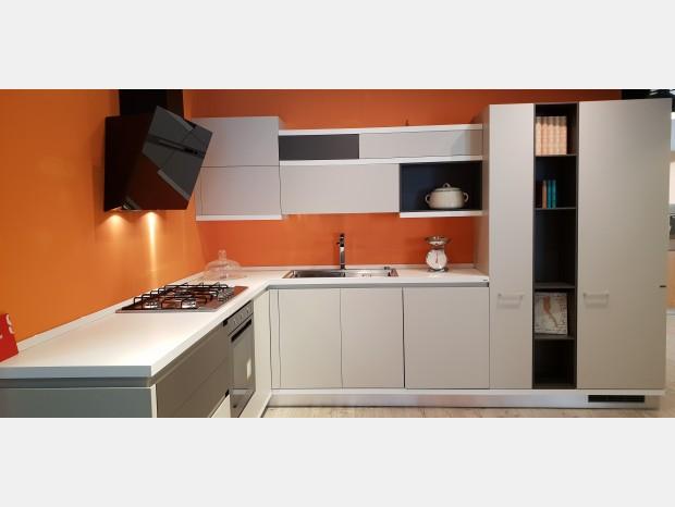 Cucina angolare Scavolini Foodshelf inside