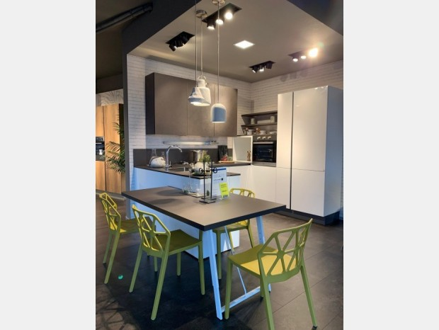 Cucina con penisola Stosa Cucine Color Trend