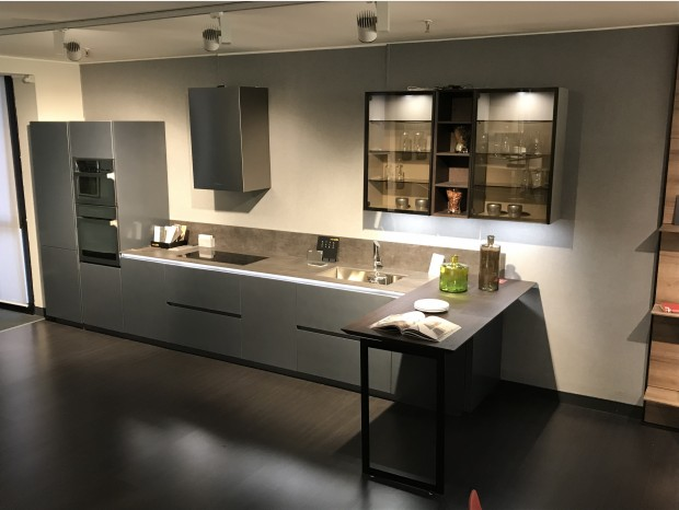 Cucina con penisola Euromobil Filoantis