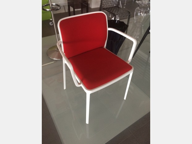 Sedia Kartell Audrey Soft poltroncina