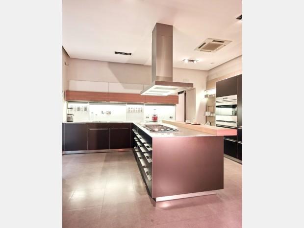 Cucina angolare Bulthaup B3 alluminio e legno