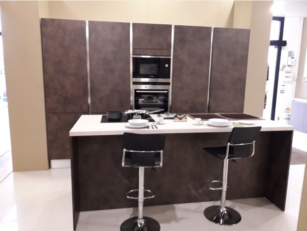 Cucina con Isola Miton cucine MT122
