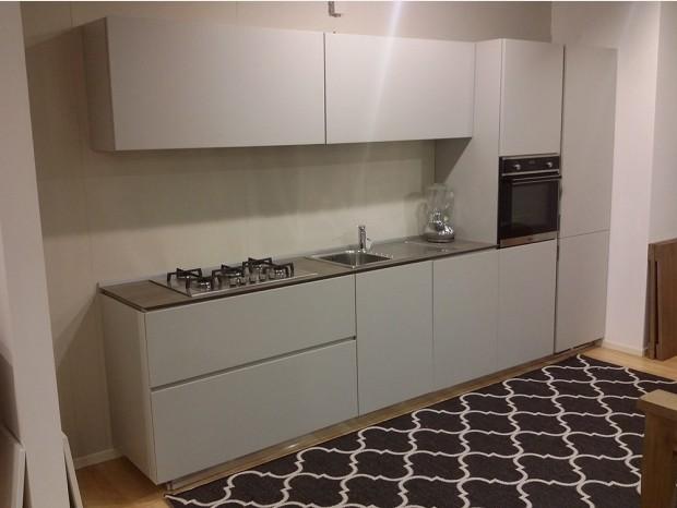 Cucina lineare Aster Cucine modello atelier 45°