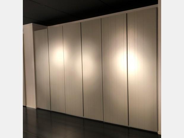 Poliform outlet arredamento come armadi e divani con for Lochner arredamenti