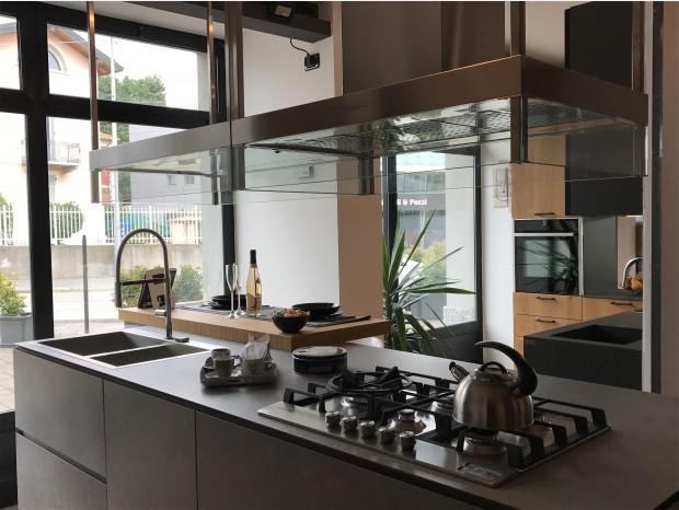 Cucina con Isola Aster Cucine Atelier Profilo 45°