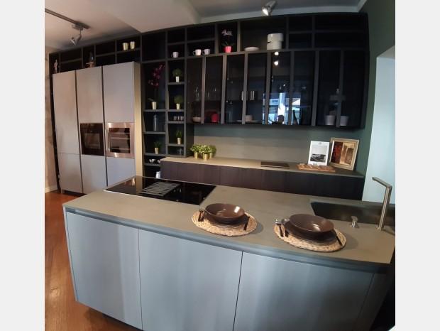 Cucina con Isola Valdesign Logica L0 - SOLO COLONNE E ISOLA
