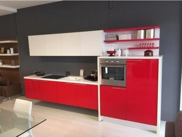 Cucina lineare Cesar Ariel eco gloss rosso lucido