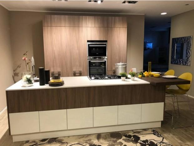 Cucina con Isola Scavolini Sax