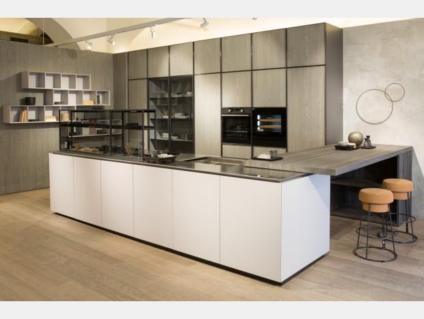 Cucina con penisola Zampieri Cucine COLONNE XP / BASI  Y