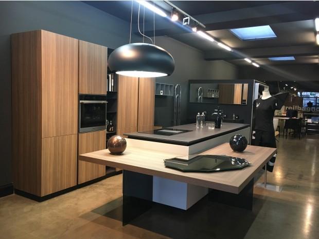 Cucina con Isola Atmosfera Design Airwood