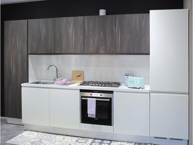 Cucina Lineare Berloni Eos Brera A Varese Sconto 61