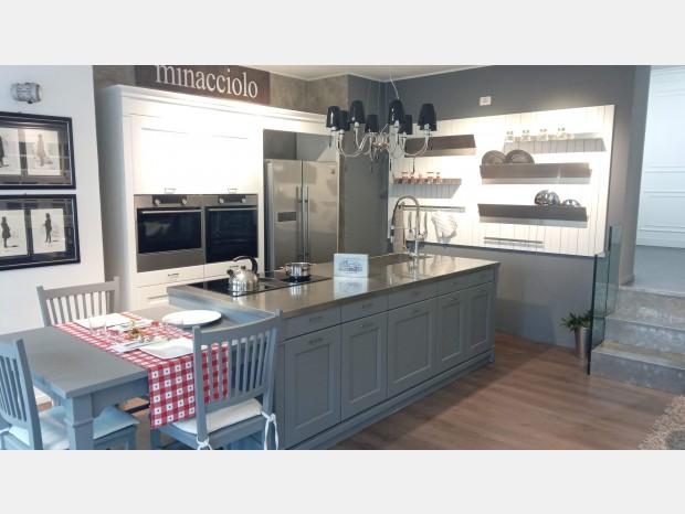 Cucina con Isola Minacciolo EnglishMood