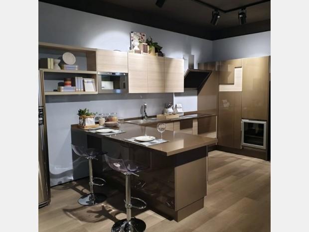 Cucina con penisola Lube Creativa