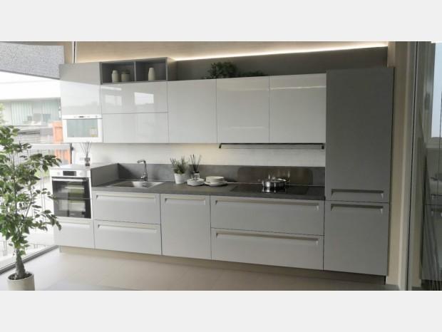 Cucina lineare Veneta Cucine Carrera F1 PLUS