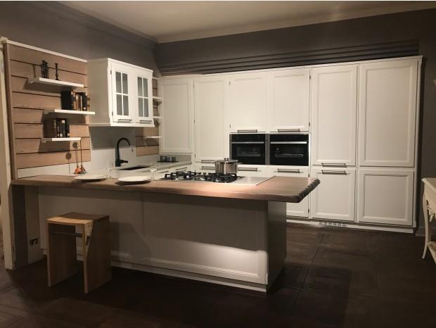 Cucina con penisola L'Ottocento Living