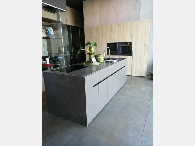 Cucina con Isola Elmar Home Cube