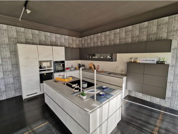 Cucina con Isola Lab Cucine RIVA