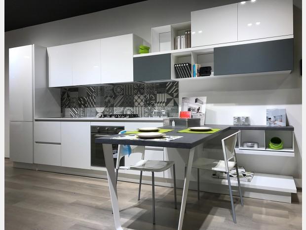 Cucina lineare Lube Clover