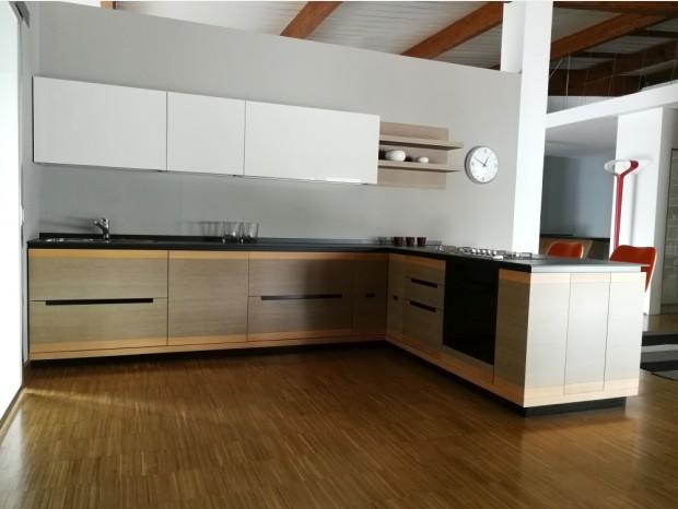 Cucina con penisola Aurora Alison Noce