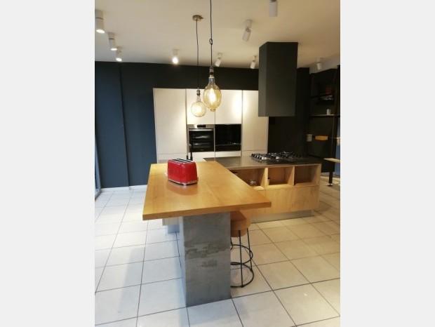 Cucina con Isola Produzione Artigianale Brick&Three