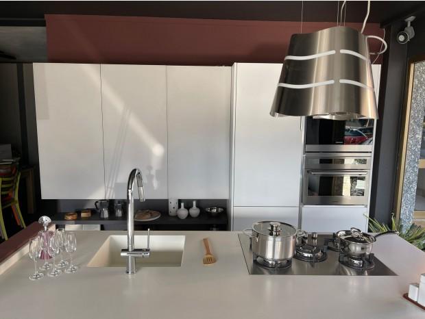 Cucina con Isola Essebi Seta bianco