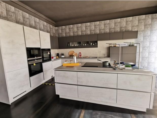 Cucina con Isola Lab Cucine RIVA ( elettrodomestici esclusi)