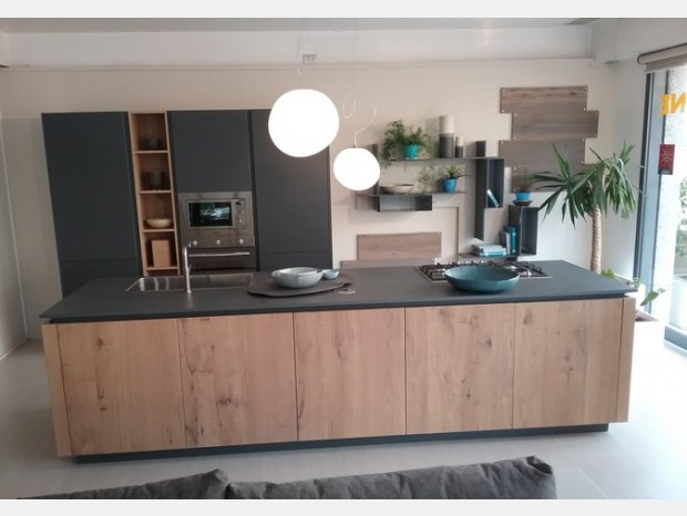 Cucina con Isola Valdesign LOGICA 2.2