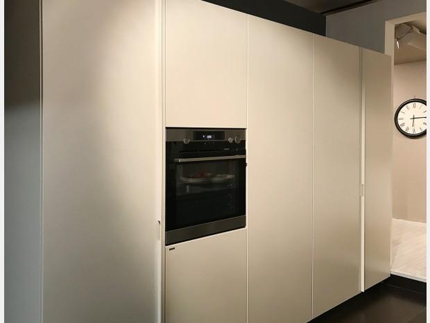 Cucina Scic colonne con Workstation