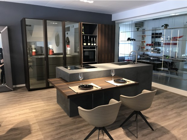 Cucina con Isola Fabrika Italia Design Time 45° eucalipto