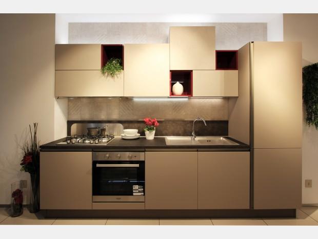 Cucina lineare Veneta Cucine Start Time Presa