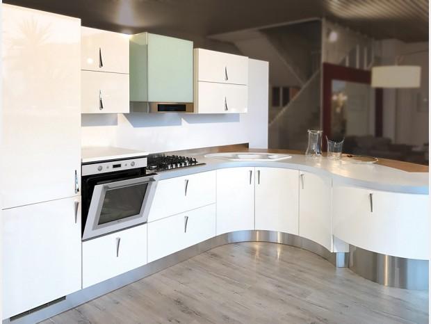 Cucina angolare Aster Cucine domina lucida